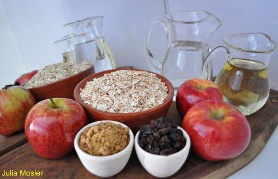 Tarta vegana de manzanas y algarroba | IATENA