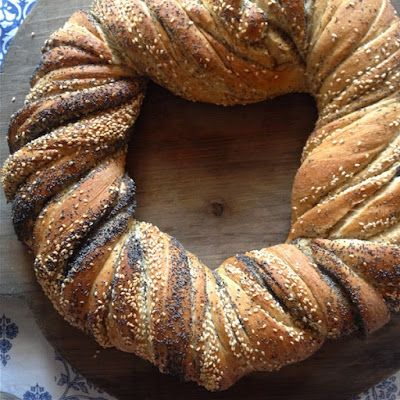 La Panificatrice Folle: Pane intrecciato ai semi saporiti