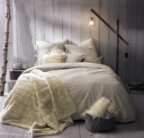 Créations exclusives de parures de lit chez cyrillus winter bedroomcozy bedroombedroom decorsimple