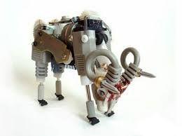 """""""Animales"""" realizado con elementos electrónicos."""