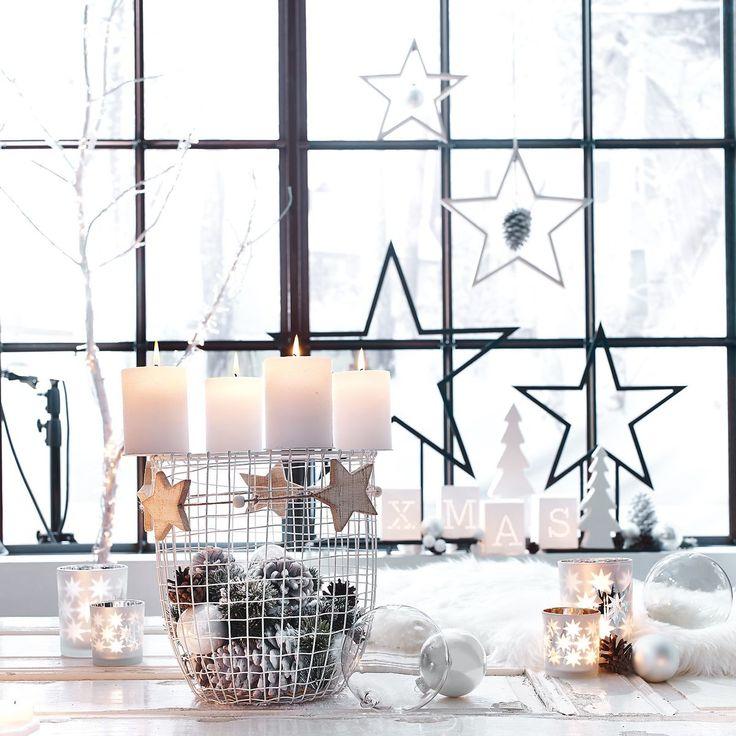 die besten 17 ideen zu adventskranz metall auf pinterest drahtkugel weihnachtlich basteln mit. Black Bedroom Furniture Sets. Home Design Ideas