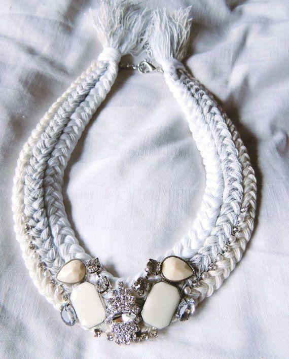 Branco declaração de colar de tecido trançado por JewelryLanChe