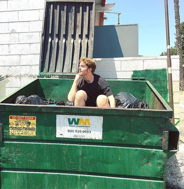 Trash King. ( @rylandadams)