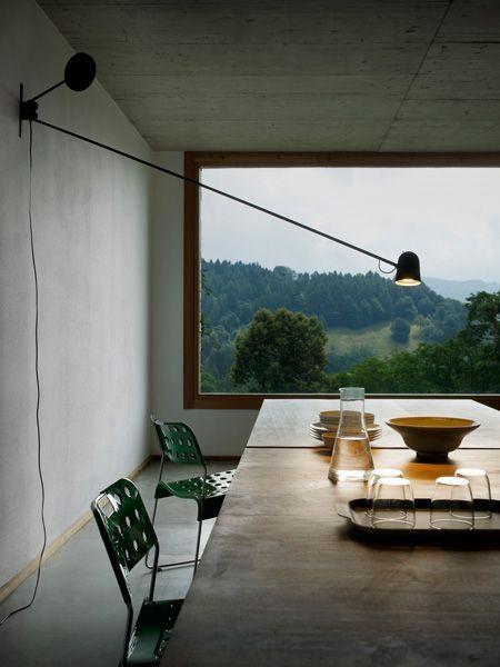 Luceplan wandlamp D73 Counterbalance door Daniel Rybakken   Designlinq