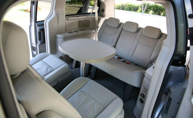 Chrysler Town and Country 2014 minivan