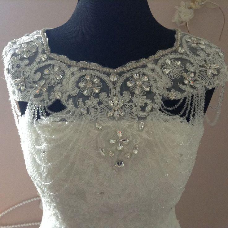 Luxury Vintage Style Crystal Bridal Bolero Rhinestone Wedding Jacket In 2020