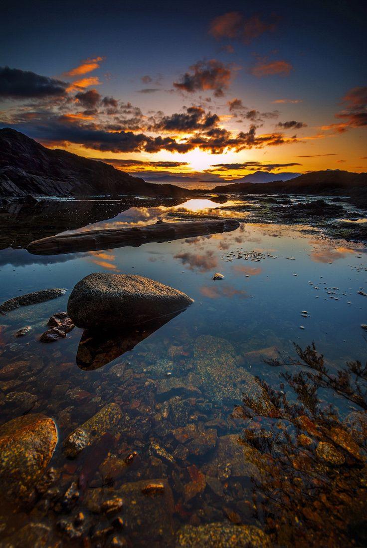 Rocky Sunset - null