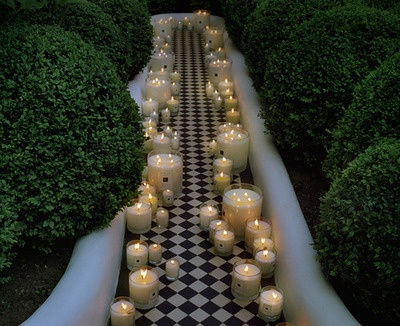 Romantic walkway.: Candles Lighting, White Candles, Gardens, Trav'Lin Lighting, Candles Decoration, White Floors, Cool Design, Weddings Photo, Cool Rooms