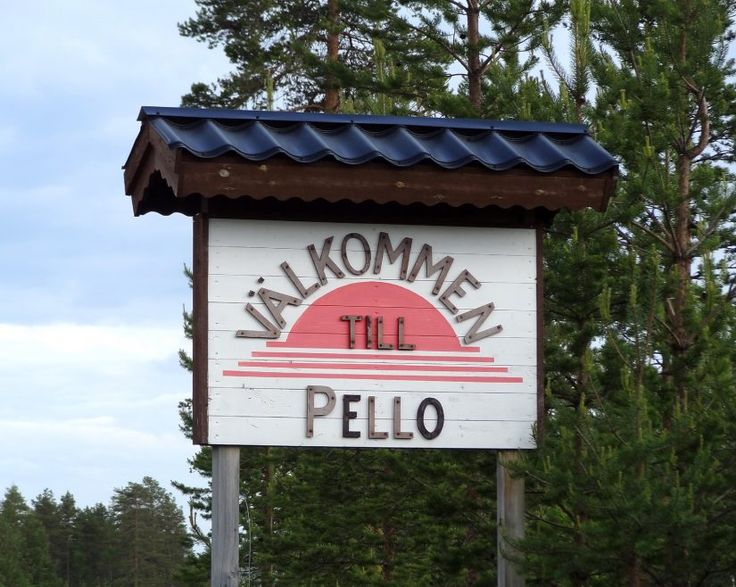 The village of Pello on the Swedish side of the Tornio River