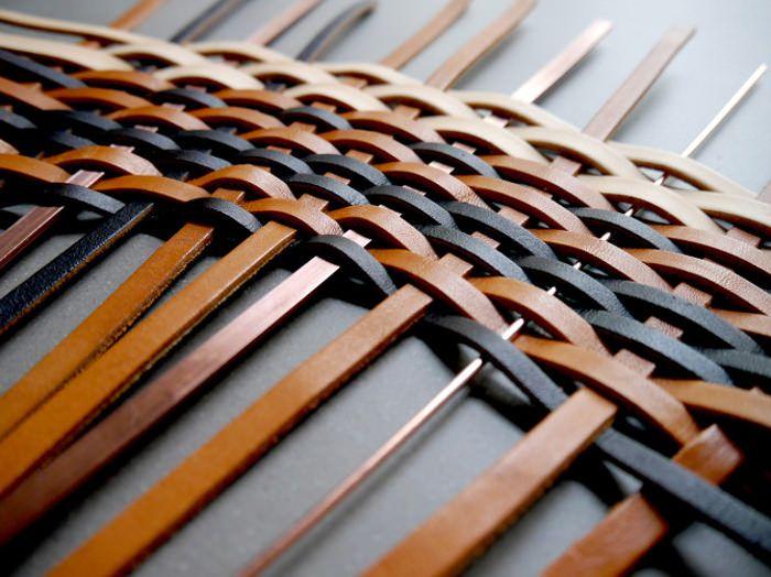 TAPIS tissé de cuir par Stéphanie Langard