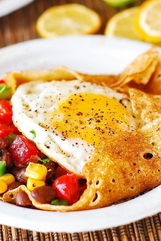 Light and skinny Southwestern breakfast crepes