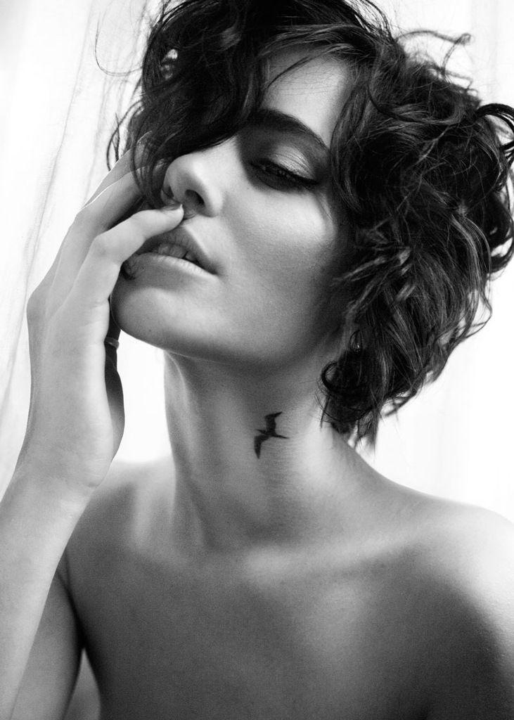 Elegant Neck Tattoo. I love this