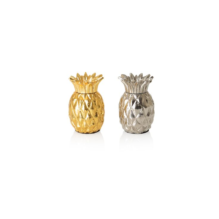Seasoning your food has suddenly become a little more interesting with this set of Metallic Pineapple Salt & Pepper Shakers.