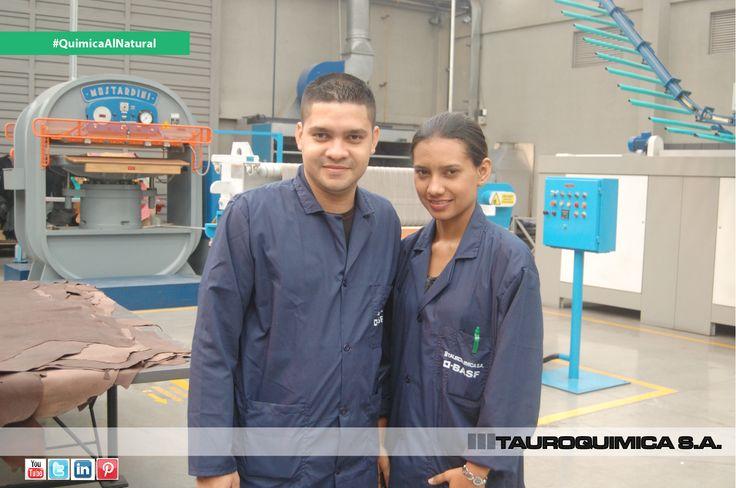 Nuestros Clientes de Búfalo. :Jaysson Ariel De La Huz Barrios y Belarny Del Carmen Torres Herrera, Supervisores de Acondicionado y Secado