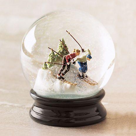 Vintage Snow Globes 34