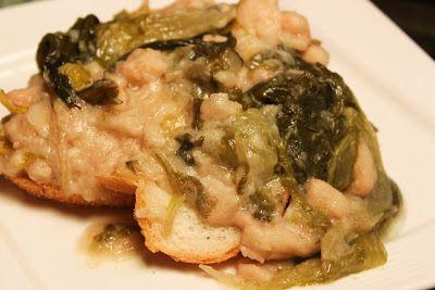 What's Cookin' Italian Style Cuisine: Italian Escarole & Beans wi...