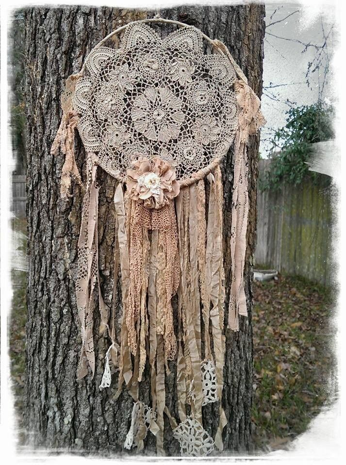 Vintage Lace Dream Catcher Tattered magnolia tea stain wall art pearl style . This would be so easy to make.