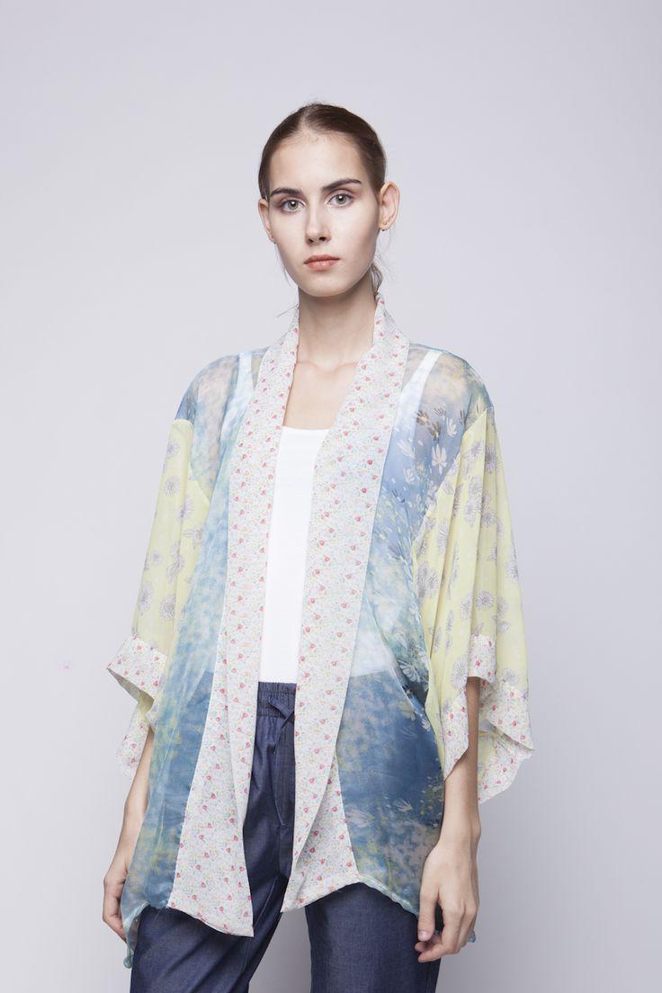 Belle Kimono Blue Yellow   Rp 221.250