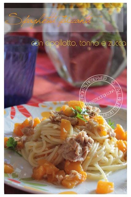 Spaghetti piccanti con zucca, tonno e cipollotto - Ricetta veloce    Spicy spaghetti with tuna squash and spring onion