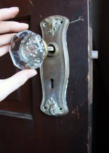 how to install vintage glass door knobs