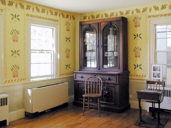 15 Best Colonial Stenciled Walls Images On Pinterest