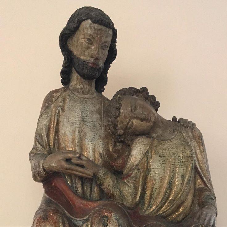 "27 Me gusta, 3 comentarios - Michael (@azurethreehorseshoesor) en Instagram: ""#Christ and #Saint #John the #Evangelist #medieval #sculpture #bode #berlin"""