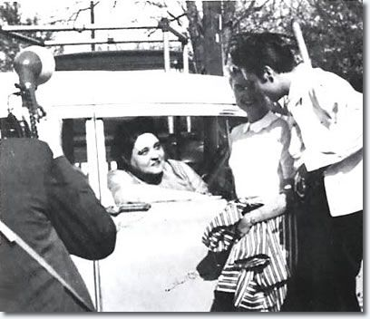 Elvis Presley with Yvonne Lime April 19, 1957 and with Elvis' Mother, Gladys in the car.  Graceland