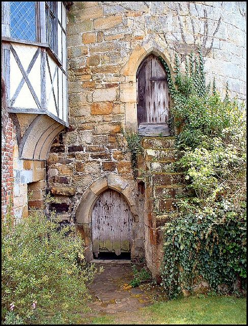 https://flic.kr/p/z5yFS | Tower Entrance, Scotney Castle, Lamberhurst, Kent | This enchanting corner shows the entrance to the Ashburnham Tower of  Scotney Castle. The castel was originally a 12th century fortified manor house, founded by Lambert de Scoteni. In 1378, Roger de Ashburnham founded an irregular stone quadrangle castle, with an outer ward apparently in response to the threat of invasion by France.