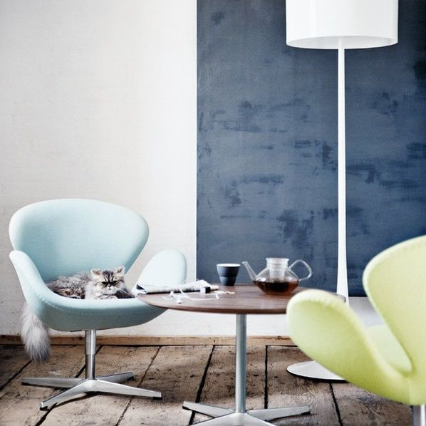 swan-chair-arne-jacobsen-interior