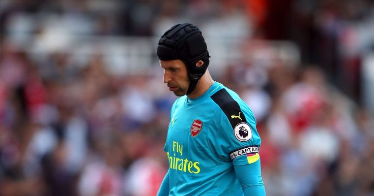 Petr Cech crashes his car while driving home from todays 3-4 loss against Liverpool