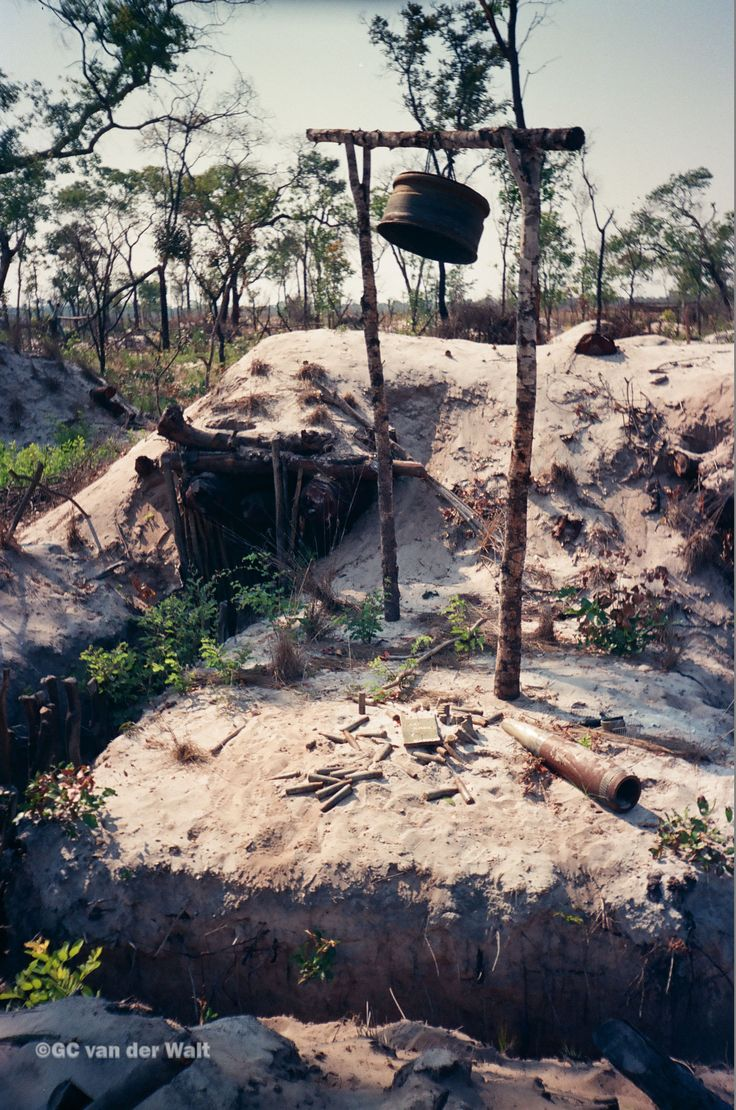Cuban/Russian Bunker at Cuito Cuanavale 1988 203BN SWATF