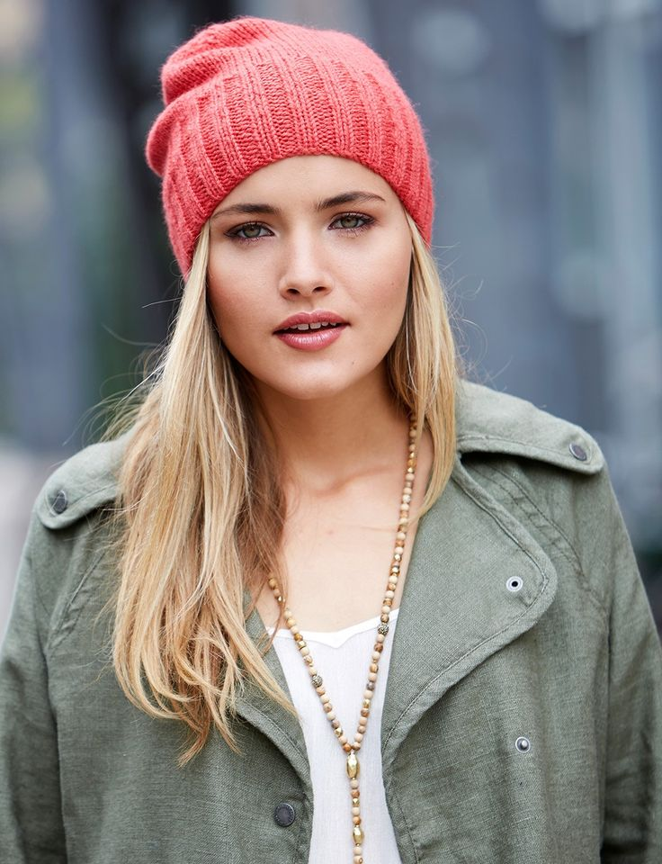 Free Knitting Pattern: Beanie. Knit with 1 ball of Paton's Classic Wool Worsted and U.S. 6 and 7 double-pointed needles