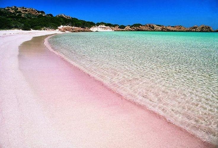 Budelli, spiaggia rosa, arcipelago di La Maddalena