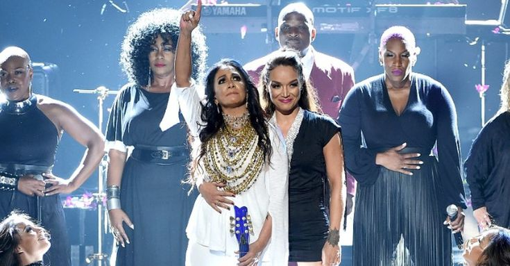 Message to Billboard Music Awards and Madonna: Take notes! Last night Sheila E., Stevie Wonder, Erykah Badu, Jennifer Hudson, Bilal, Janelle Monae and others showed up and showed OUT with their beautiful tributes to the Purple One...and this time, it was done right! Props to the BET Awards for honor