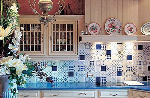 60 best decoraci n con azulejos images on pinterest for Azulejos cocinas rusticas