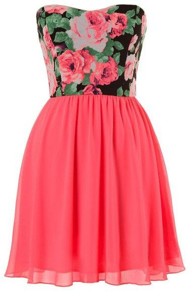 """- Strapless sweetheart chiffon dress with floral print and lining - 100% Polyester - 29"""" L from Bust to Hem - Runs true to size"""