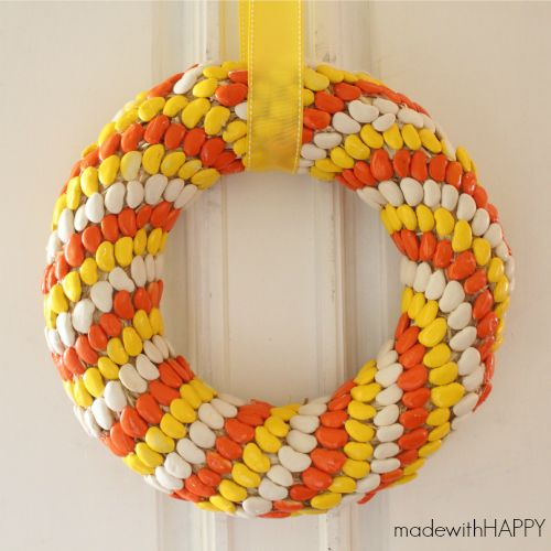 Candy Corn Lima Bean Wreath Done with lima beans painted (thank goodness, cause my first thought with candy corn was ants, and then in AZ it would melt ) But pink and red Valentine's Orange Yellow Brown Fall Thanksgiving, Pastels Easter Pink or blue gender reveal