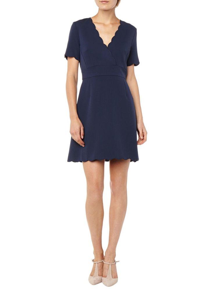 Op zoek naar French Connection Sundae A-lijn jurk met geschulpte afwerking ? Ma t/m za voor 22.00 uur besteld, morgen in huis door PostNL.Gratis retourneren.