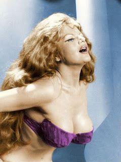 movie-musical-world: Violetta Villas : le destin contrarié de la vamp polanaise aux 4 octaves 1/2