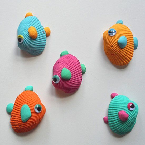 Here's a wonderful craft for this for all those seashells you brought home from vacation! Make a school of fish in pretty tropical colors.