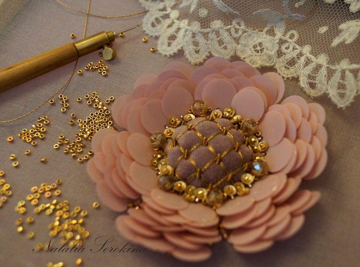 Золотая и кутюрная вышивка от Натальи Сорокиной. | ВКонтакте