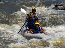 Earth Adventures - The Vaal River is an exciting river rafting destination. Try a day of river rafting and experience the thrill and challenges of conquering the rapids of this mighty river or spend a weekend exploring Parys. #dirtyboots #riverrafting #freestate