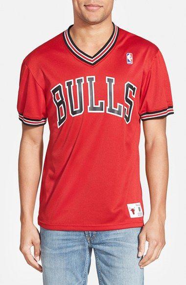 Men's Mitchell & Ness 'Chicago Bulls' Tailored Fit Mesh T-Shirt