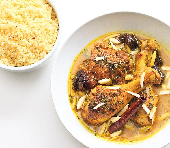 Moroccan Tagine with Saffron Couscous on http://www.wishfulchef.comHeads, Olive Oil, Chicken Tagine, Tagine Recipe, Moroccan Tagine, Amaranth Risotto, Goje Food, Moroccan Food, Saffron Couscous