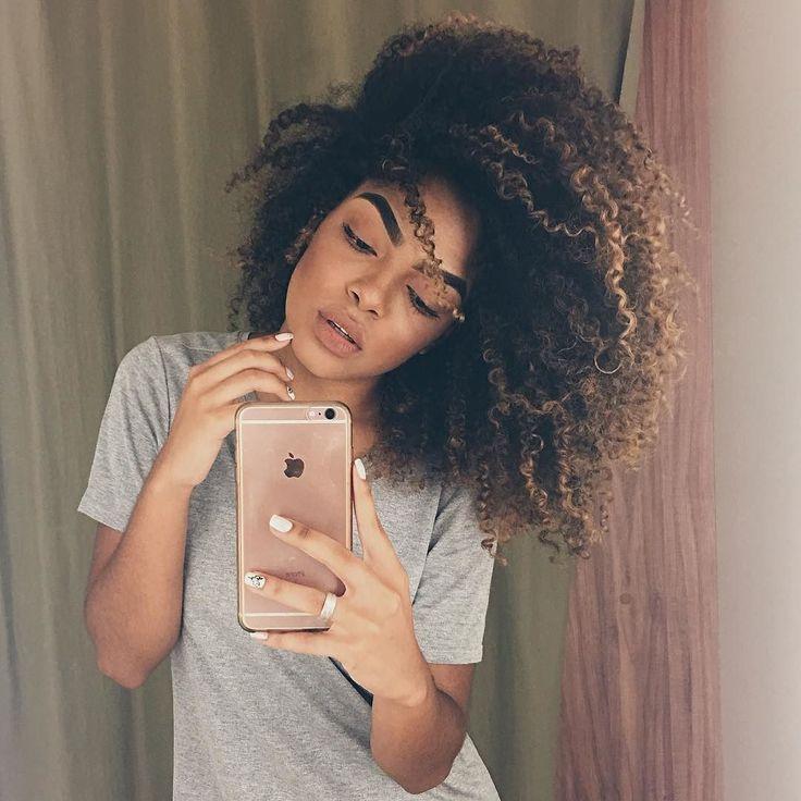 Aquele dia que seu cabelo fica do jeitinho que você gosta! Essa foto é de ontem e eu usei a linha Keraforce da #Seda #VaiqVaiPraLista #VaiQVai
