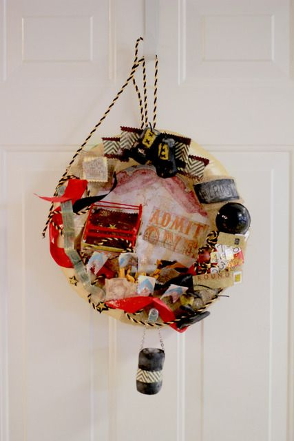 Vintage boxing themed party wreath #wreath #boxing: Boxing Party, Front Door Wreaths, Colorful Wreaths, Celebratory Wreaths, Birthday Parties, Party Ideas, Boxing Birthday, Birthday Party