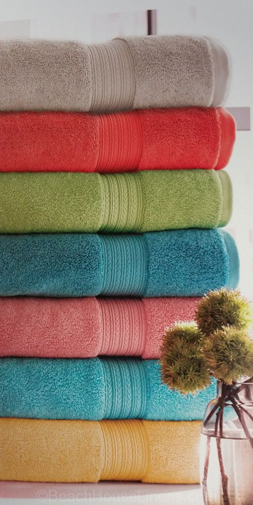 Simply chic. - 100% Egyptian Cotton Towel - Remarkable absorbency and softness combined with our signature style - Strong, durable and luxurious plush - Ribbed design creates an elegant décor