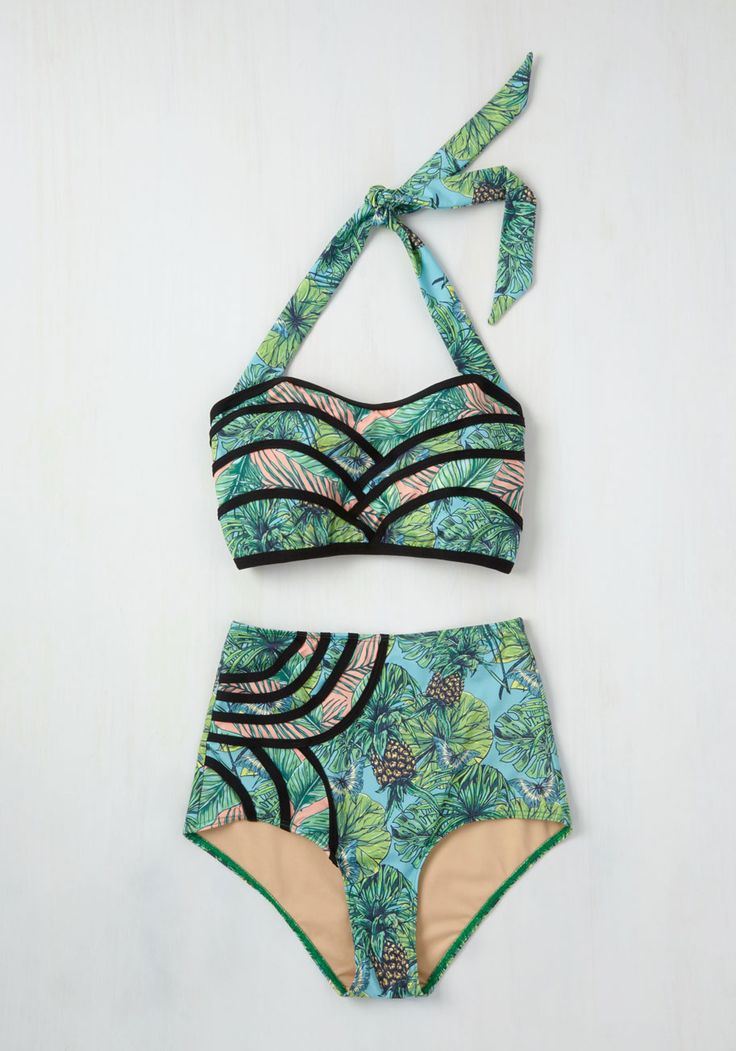 Set the Serene Swimsuit Top in Pineapples. A lagoon is the perfect cool-off spot, so today youre lounging on the shore in this sky blue bikini top! #green #modcloth