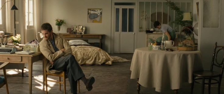 someday, live in an organic and cute flat (maybe even in Paris) - Emma's place in One Day movie