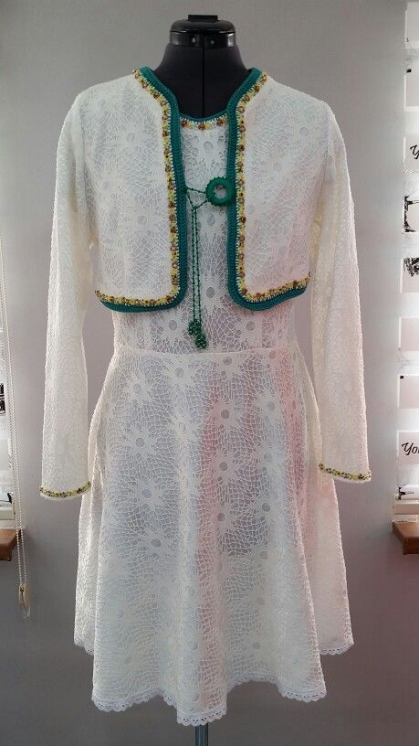 Платье футляр с балеро, вышитая чешским бисером. Цена $90